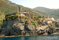 Vernazza castle and harbour